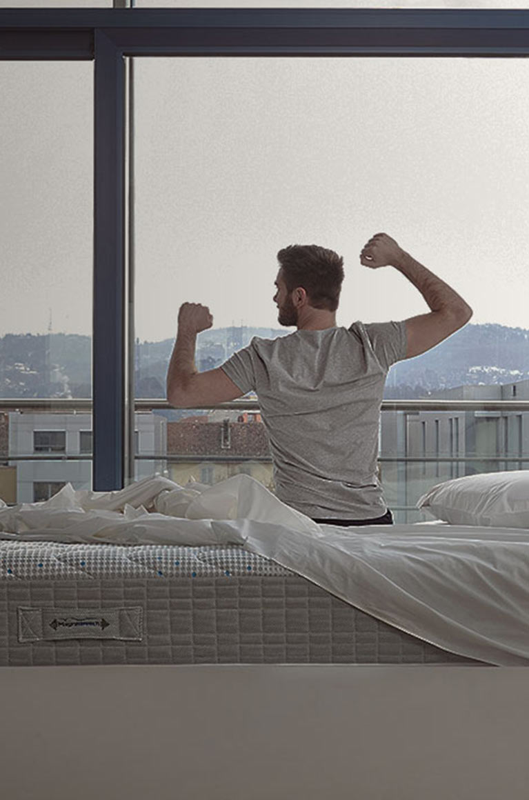 Magnistretch, the best way to wake up in the morning for your back